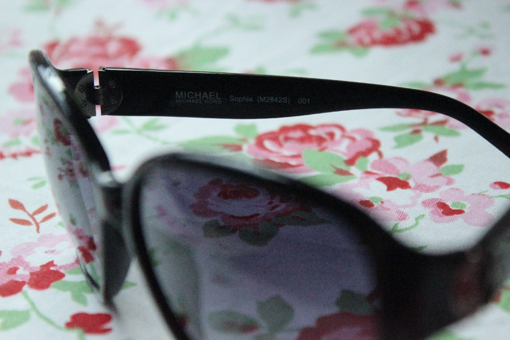 Giveaway Michael Kors Sunglasses (4)