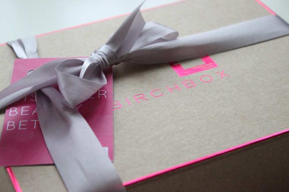 Review Birchbox UK February 2013 Box (01)