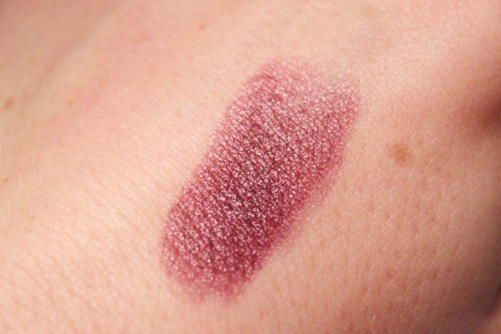 Review CK One Velvet Lipstick (03)