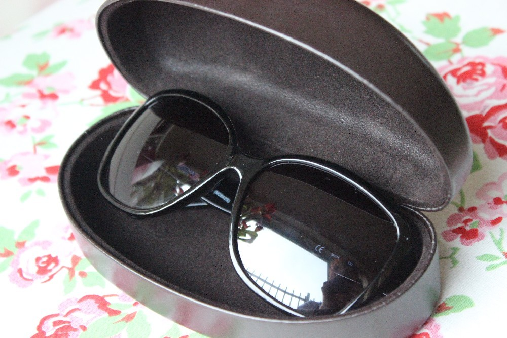 Giveaway Michael Kors Sunglasses (1)