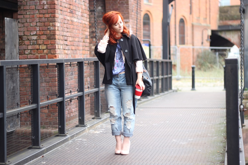 Outfit Boyfriend Jeans x Cropped Tee (08)