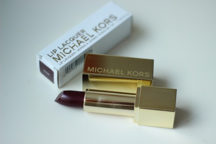 Review Michael Kors Beauty Dame Lip Lacquer (1)
